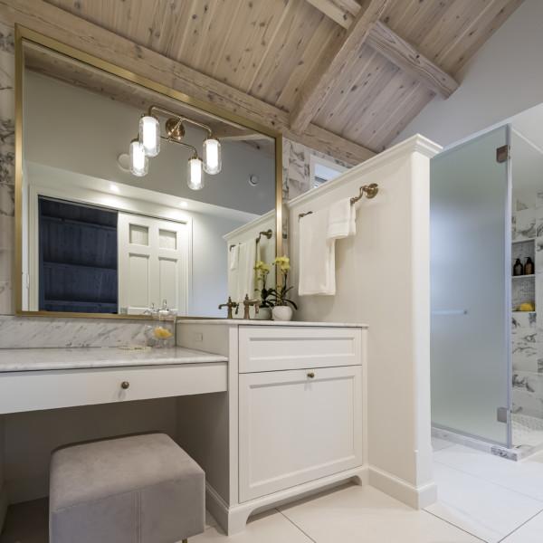 Carrara Make Up Vanity