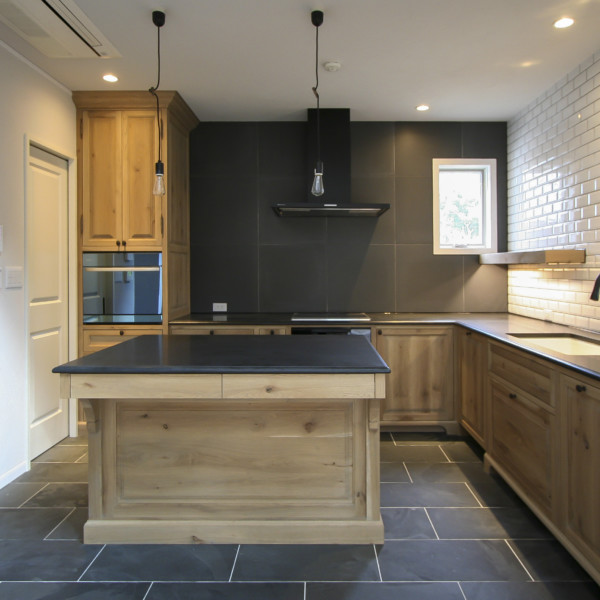 Spring Oak Kitchen